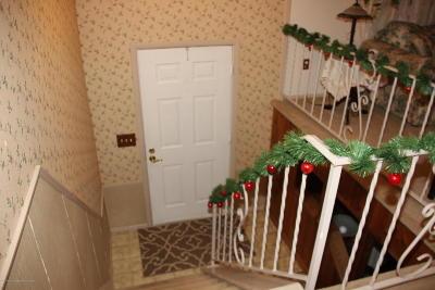 Manchester Single Family Home For Sale: 301 Hemlock Lane