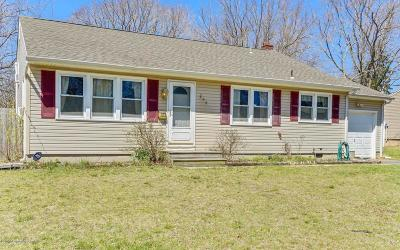 Toms River Single Family Home For Sale: 206 Wedgewood Drive
