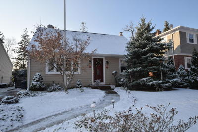 Single Family Home Sold: 718 Crescent Place
