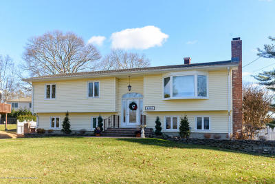 Avon-by-the-sea, Belmar, Bradley Beach, Brielle, Manasquan, Spring Lake, Spring Lake Heights Single Family Home For Sale: 1295 Wedgewood Road