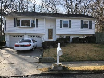 Neptune Township Single Family Home For Sale: 2 Dianne Drive