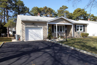 Toms River Adult Community For Sale: 29 Beaverbrook Drive