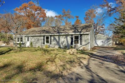 Howell Single Family Home For Sale: 10 Brookside Drive