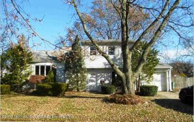 Hazlet Single Family Home For Sale: 21 Galewood Drive