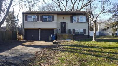 Hazlet Single Family Home Under Contract: 28 Galewood Drive