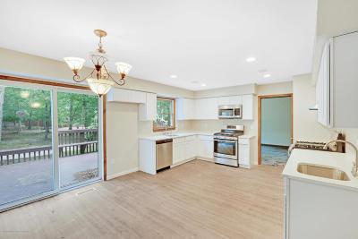 Jackson Single Family Home For Sale: 25 Danielle Court
