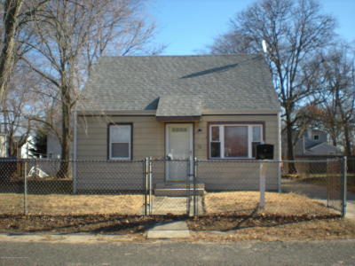 Hazlet Single Family Home For Sale: 58 Compton Avenue