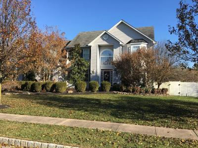 Toms River Single Family Home For Sale: 1733 Lands End Drive
