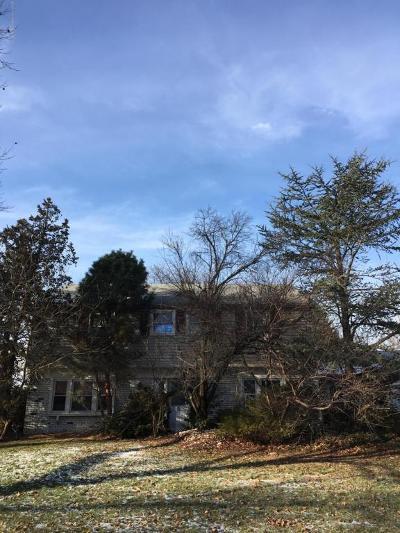 Marlboro Single Family Home For Sale: 24 Jacata Road