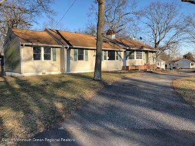 Howell Single Family Home For Sale: 28 Hemlock Road