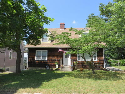 Brick Single Family Home For Sale: 171 Riverside Drive