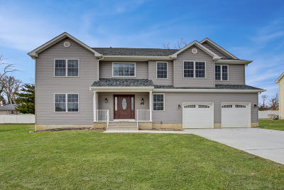 Toms River Single Family Home For Sale: 1112 Iovino Street