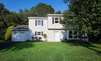 Howell Single Family Home Under Contract: 13 Eric Drive