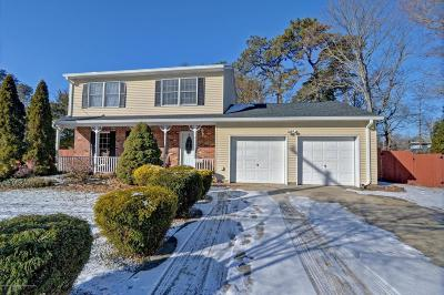 Toms River Single Family Home For Sale: 1751 Beacon Street