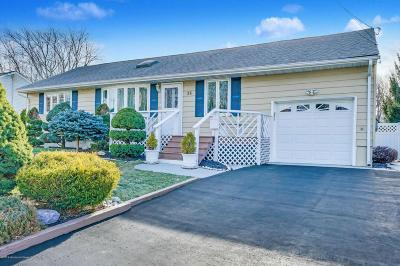 Hazlet Single Family Home For Sale: 34 Coral Drive