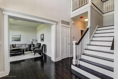 Freehold Single Family Home For Sale: 2 Northfield Court
