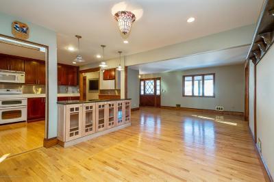 Beachwood Single Family Home For Sale: 93 Nautilus Street