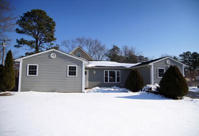 Toms River Single Family Home For Sale: 712 Hannibal Street