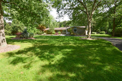 Toms River Single Family Home For Sale: 232 Edgemere Drive
