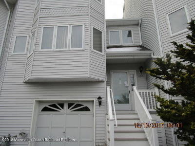 Toms River Condo/Townhouse For Sale: 395 Begonia Court #39f5