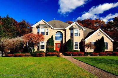 Toms River Single Family Home For Sale: 84 Newington Lane