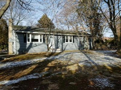 Freehold Single Family Home For Sale: 465 E Freehold Road