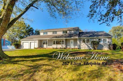 Freehold Single Family Home For Sale: 262 Elton Adelphia Road