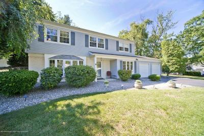 Monmouth County Single Family Home For Sale: 9 Gawain Drive