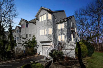 Toms River Condo/Townhouse For Sale: 136 Orchid Court #13c6