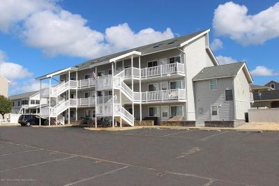 Ortley Beach NJ Condo/Townhouse For Sale: $269,900