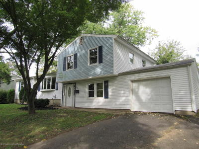 Monmouth County Single Family Home For Sale: 503 Roxbury Road