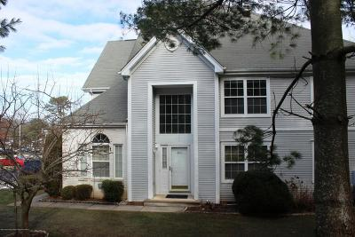 Toms River Condo/Townhouse For Sale: 4701 Saddle Back Lane