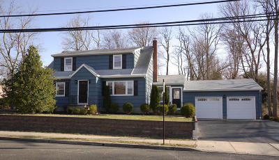 Monmouth County Single Family Home For Sale: 152 Church Street