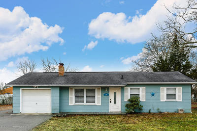 Ocean County Single Family Home For Sale: 11 Tulsa Drive