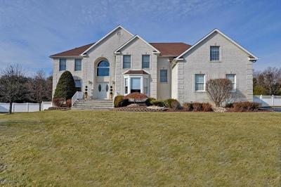 Monmouth County Single Family Home For Sale: 150 Fella Drive