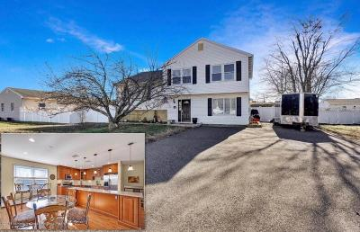 Lanoka Harbor NJ Single Family Home For Sale: $329,900
