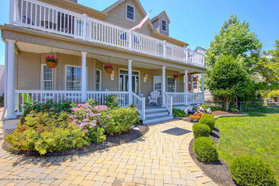 Point Pleasant Beach Single Family Home For Sale: 412 Carter Avenue