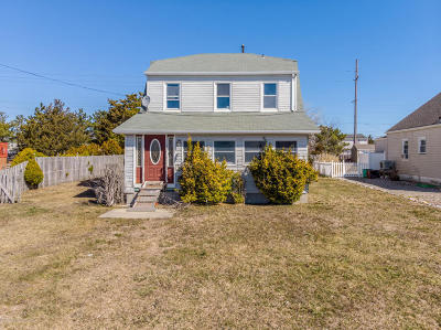 Seaside Heights Single Family Home For Sale: 310 Ceylon Avenue