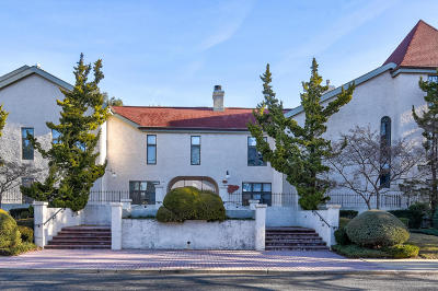 Red Bank Condo/Townhouse For Sale: 55 Prospect Avenue #1