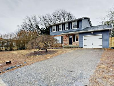 Bayville NJ Single Family Home Under Contract: $279,000