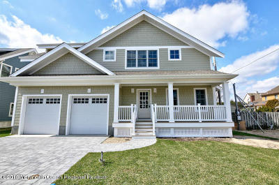 Point Pleasant Beach Single Family Home For Sale: 308d Parkway Court