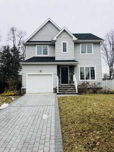Brielle Single Family Home For Sale: 403 Morgan Parkway