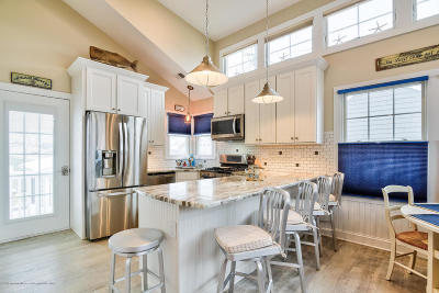 Lavallette Single Family Home For Sale: 110 W Sandpiper Way
