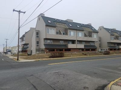 Seaside Heights Condo/Townhouse For Sale: 131 Hiering Avenue #B9