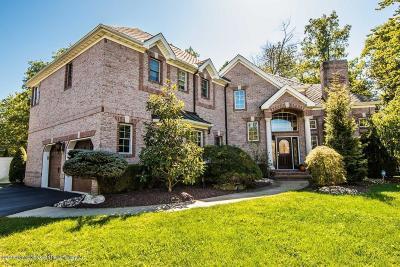 Tinton Falls Single Family Home For Sale: 14 Valencia Drive