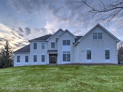 Freehold Single Family Home Under Contract: 570 Turtle Hollow Drive