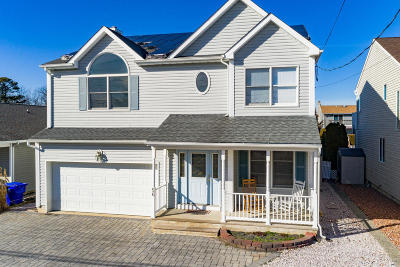 Ocean County Single Family Home For Sale: 56 Jib Lane