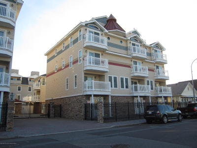 Seaside Heights Condo/Townhouse For Sale: 21 Blaine Avenue #22