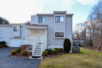 Middletown Condo/Townhouse Under Contract: 22 Pennybrook Lane