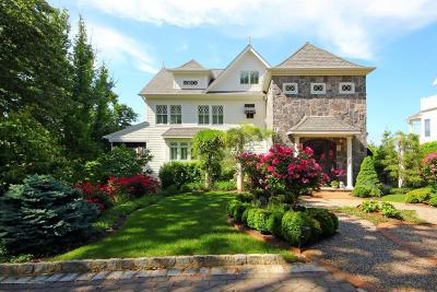 Atlantic Highlands Single Family Home For Sale: 118 Ocean Boulevard